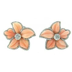 Pre-owned 18K White Gold Angel Skin Coral & Diamond Flower Earrings (12 140 PLN) ❤ liked on Polyvore featuring jewelry, earrings, accessories, 18k earrings, diamond jewellery, diamond jewelry, diamond earrings and flower jewelry