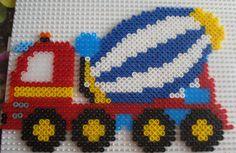 28 Perler Bead Designs, Pearler Bead Patterns, Perler Bead Art, Perler Patterns, Loom Patterns, Beading Patterns, Cross Stitch Patterns, Peler Beads, Iron Beads
