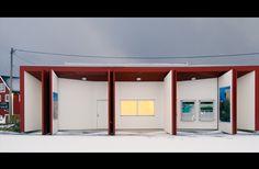 Information booth / Restroom Henningsvær -Jarmund / Vigsnæs Architects Norway Travel, Lofoten, Facade House, Thesis, Building, Outdoor Decor, Home Decor, Decoration Home, Room Decor