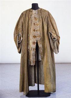 banyan robe | Weste / Hauskleid bestehend aus Robe, Weste und Mütze ... | 18thcentu ...