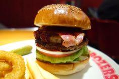今夜はテリヤキパインにベーコントッピング #meallog #food #foodporn #burger #burger_jp #ハンバーガー #
