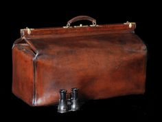 1930s Large Leather Gladstone Bag James Herriot may have taken a bag like this on his rounds in The Dales