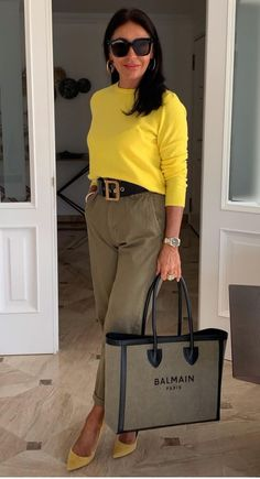 Mom Outfits, Classy Outfits, Stylish Outfits, Fashion Outfits, Womens Fashion, Fashion Over 50, Fashion Looks, Vetement Fashion, Stylish Clothes For Women