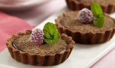 Doces para a Páscoa: de pirulito de chocolate a sorvete de avelã e tortinha de brigadeiro - Culinária - MdeMulher - Ed. Abril