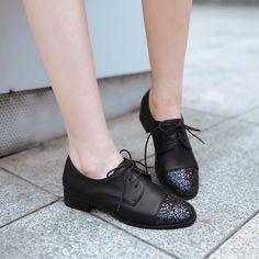 Moda Vintage lentejuelas ronda dedo del pie zapatos planos para mujer Casual confort Lace Up de tacón bajo cubana zapatos Oxford de la rejilla zapatos en Planos de Calzado en AliExpress.com | Alibaba Group