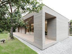 Bauhaus-Look Haus & Fassade by 2D+ Architekten