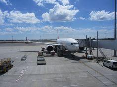 Perth Int airport Emirates airline