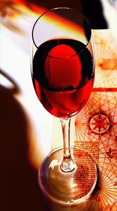 Port Wine Glass by #Porto Convention and Visitors Bureau, via Flickr, #Portugal