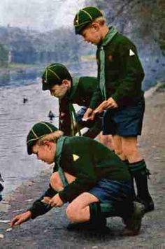 English cub scout uniforms