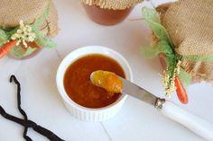La marmellata di albicocche è una ricetta che mi sta particolarmente a cuore, ha accompagnato la mia infanzia e ad un certo periodo della mia vita era