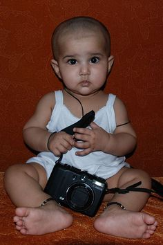 The Birth of The Worlds Youngest Photographer Marziya Shakir