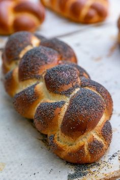 צילום: ירון ברנר Bread Recipes, Cake Recipes, Dessert Recipes, Desserts, Chocolate Brioche, Bread Cake, Challah, Bakery, Good Food