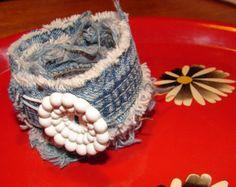 wild hipie recycle jewlery designs | ... Vintage Big White Flower Button Boo/HIppie/Free Spirit/Flower Child