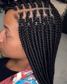 box braids * box braids + box braids hairstyles + box braids with color + box braids medium + box braids hairstyles for black women + box braids with curly hair + box braids styling + box braids with curly ends Box Braids Hairstyles For Black Women, Black Girl Braids, African Braids Hairstyles, Braids For Black Hair, Girls Braids, Protective Hairstyles, Black Hairstyles, Protective Styles, Side Braids