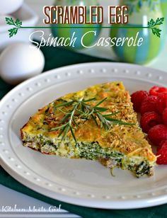 Scrambled Egg Spinach Casserole - mix it up the evening before and bake in the morning for an easy holiday entertaining brunch! #recipes #breakfast