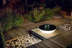 Foscarini Solar Outdoor Außenleuchte gefunden bei http://www.flinders.de/foscarini-lampen/ #foscarini #gartenleuchte #innovation #außergewöhnlich #special #outdoor #lamp
