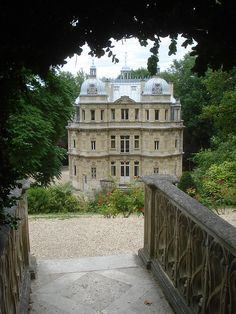 Château de Monte-Cristo, house of the writer Alexandre Dumas in Port Marly, France//