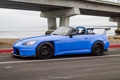 Honda S2000: Not really a big fan of Hondas due to its infamous popularity among young drivers >.> but this is one is an exception, small, fast and unique.