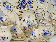 the famous Zsolnay porcelain Cornflower pattern Tea Cup Saucer, Tea Cups, Porcelain Dolls Value, Vintage Tableware, Chocolate Pots, Vase, Vintage China, Fine China, Pottery Art