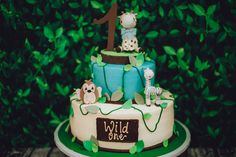 Safari Animal Wild One Birthday Cake Animal Birthday Cakes, Diy Birthday Cake, First Birthday Cakes, 1st Birthday Party Supplies, Boy Birthday Parties, Birthday Party Favors, Dessert Table Backdrop, Cakes For Boys, Girl Cakes
