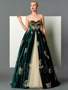 Velvet Sweetheart Ball Gown Appliques Beading Embroidery Floor-Length Evening Dress Online store for the latest fashion & trends in women's collection. Shop affordable ladies' Dresses, Clothing, Shoes & Accessories with top quality. Elegant Dresses, Pretty Dresses, Sexy Dresses, Fashion Dresses, Prom Dresses, Vintage Formal Dresses, Dress Prom, Formal Gowns, Long Dresses