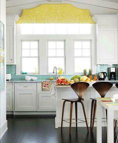 The Art of the Beautiful Backsplash: 25 Kitchen Inspirations