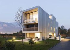 Baubau by Stocker Lee Architetti | HomeAdore