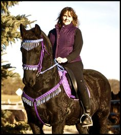 hand braided horse tack. Omg Barbie would look beautiful in this