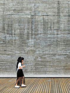 Bamboo-formed concrete wall, Ningbo Historic Museum.