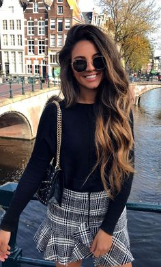 ♥️ Pinterest: DEBORAHPRAHA ♥️ Long hair + curls + volume + ombre hair color