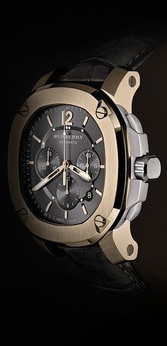 The iconic Britain watch for men from Burberry in an 18K trench gold limited edition