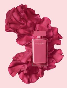 "NARCISO RODRIGUEN FLEUR MUSC for Her. March 2017. ""Fleur Musc is the result of my desire to create a fragrance with a musk heart that blends with a warm pink flower to create a unique pink composition. Fleur Musc represents courageous and passionate femininity. This is a fragrance that exudes charm and grace."" - Narciso Rodriguez."
