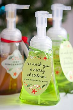 """DIY Gift: Foaming Hand Soap - """"We wash you a merry Christmas! Neighbor Christmas Gifts, Neighbor Gifts, Homemade Christmas Gifts, Best Christmas Gifts, Xmas Gifts, Homemade Gifts, Diy Gifts, Christmas Crafts, Merry Christmas"""