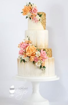 Daily Wedding Cake Inspiration (New! To see more: Featured Wedding Cake: Fondant Flinger Beautiful Wedding Cakes, Gorgeous Cakes, Pretty Cakes, Amazing Cakes, Gold Wedding Cakes, 4 Tier Wedding Cake, Indian Wedding Cakes, Fondant Wedding Cakes, Perfect Wedding