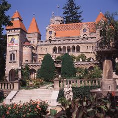 Bory Castle in Székesfehérvár, Hungary This castle was built by Jenő Bory who worked on this building :) Beautiful Castles, Beautiful World, Beautiful Places, Castle Pictures, Grand Homes, Tourist Information, Medieval Castle, Budapest Hungary, Beautiful Architecture