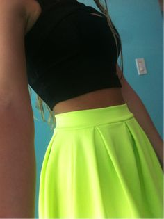 Highwaisted skirt neon skirt and black crop top yess