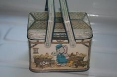 Vintage Potpourri Press Collector Tin with by Castawayacres