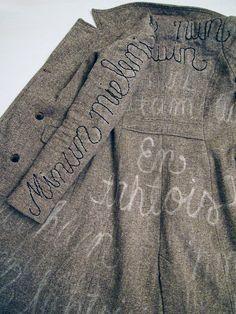 VMSomⒶ KOPPA: Kaunokirjoitettu takki
