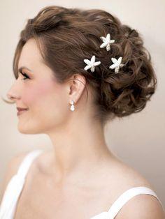 Pearl Starfish Bridal Hair Pin ~ Savanna in Pearl