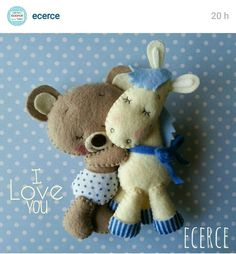 Ecerce Love Sewing, Baby Sewing, Felt Mobile, Felt Baby, Felt Decorations, Felt Christmas Ornaments, Felt Patterns, Bear Doll, Felt Fabric