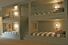 Nice bedroom idea if your kids have sleepovers / room conserving for hosting guests/children.