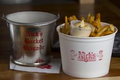 Sink the biz and fries, a Nick's tradition. College Food, College Meals, My Favorite Food, Favorite Quotes, Favorite Recipes, Inside Magazine, Betty Crocker, Places To Eat, Indiana