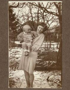 Astrid Lindgren visiting her son in Copenhagen. Late 1920's.