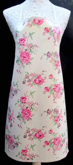 Pink Floral APRON / Pinny PVC/OILCLOTH  Lightweight