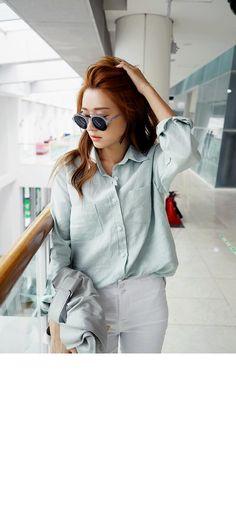 Basic Linen Button-Down Shirt