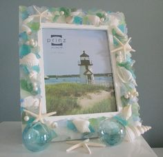 Seashell Craft Ideas | Sea shell craft ideas / shell and sea glass picture frame.
