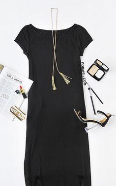 Black Pocket Short Sleeve Maxi Dress Color : Black Dresses Length : Maxi Style : Basic Material : 90% Rayon, 10% Spandex Neckline : Scoop Neck Silhouette : A Line Decoration : Pockets Season : Summer Type : Tshirt Pattern Type : Plain