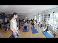 Clase Harmonic Yoga - Nicole Rompeltien - YouTube
