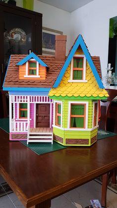 Dollhouse Furniture Kits, Diy Dollhouse, Up House Pixar, Garden Whimsy, Anniversary Ideas, Dollhouses, Bird Houses, Painting Inspiration, Diy And Crafts
