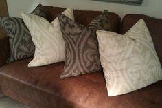 Artisan damask Damask, Linens, Artisan, Fabrics, Throw Pillows, Tejidos, Bedding, Toss Pillows, Damascus